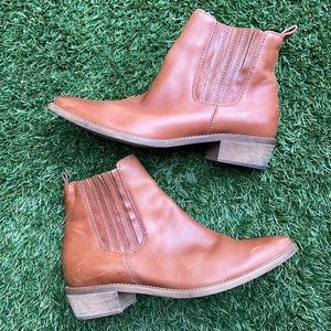 1937 Footwear Brown Leather Boots